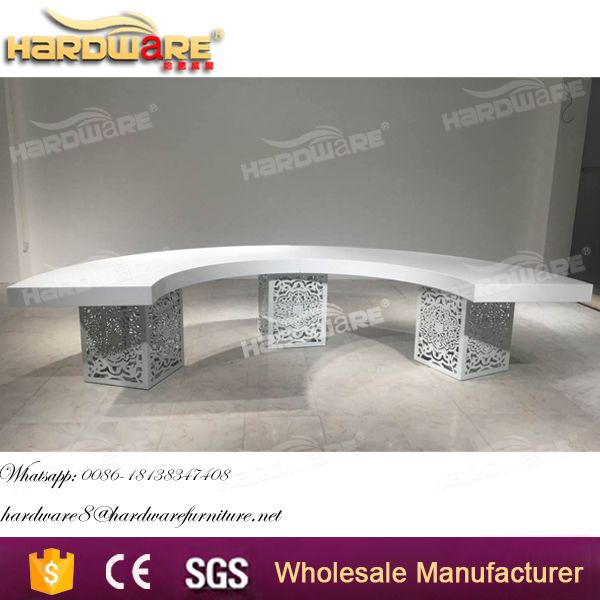 new design 2017 half moon wedding dining banquet table